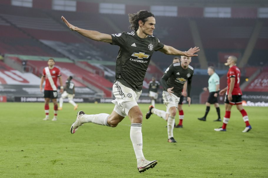Edinson Cavani's father claims Manchester United striker does not 'feel comfortable' in England